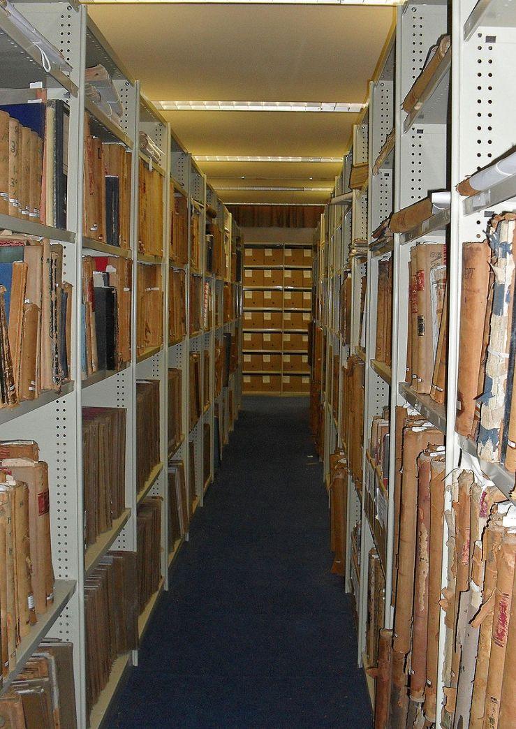 800px-Charles_Sturt_University_Regional_Archives_1.jpg